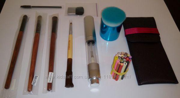 Кисти для макияжа, разные, а также чехол для кистей, фимо