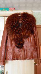 Шикарная кожанная курточка с мехом и кроличьей подстежкой