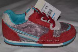 Кроссовочки для малышей ZARA   19, 20, 21 р-ры