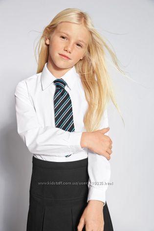 Нарядные гольфики и блузочка для школьницы