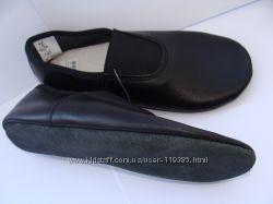 Чёрные и белые кожаные чешки 14, 5-22, 5 см