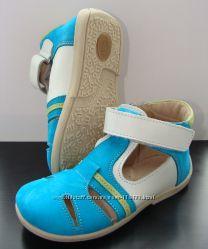 Удобные кожаные туфельки и босоножки  Берегиня большой выбор