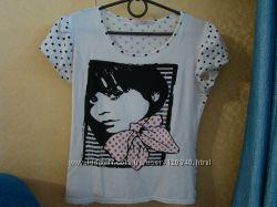 футболка с принтом и горохом