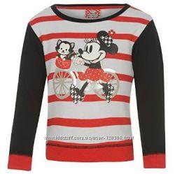 Теплый красивый джемпер Disney с Микки Маусом на 5-6 лет
