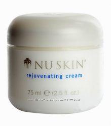 Антивозрастной крем Rejuvinating Moisturising Cream