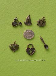 Металлические подвески, античная бронза