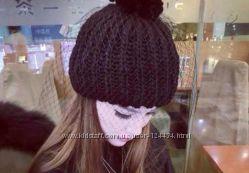 Стильная шапка с вуалью