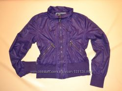 Красивая куртка, ветровка Madonna Л-ХЛ состояние новой