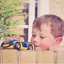 Беспроигрышный вариант подарка для мальчика - классная машинка