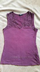 Маечка H&M размер S. Красивый сливовый цвет.