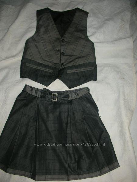 Форма школьная - жилет и юбка