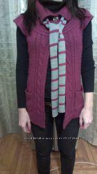 женская безрукавка с шарфом
