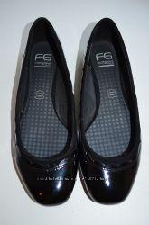 НОВЫЕ кожаные балетки, туфли FOOTGLOVE р. 40 по стельке 25, 5 см