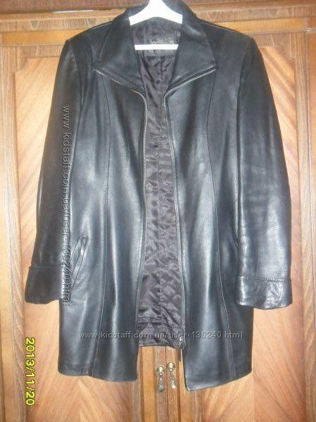Куртка кожаная черная размер 48-50 б. у