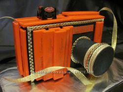 Фотоаппарат из конфет