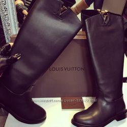 В наличии сапоги LV 37, 40, Gucci 40 Chanel 39 размер