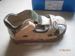 Детские босоножки - летние туфельки BG р-р 25