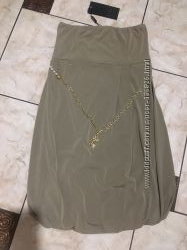 Красивое платье-бандо Италия
