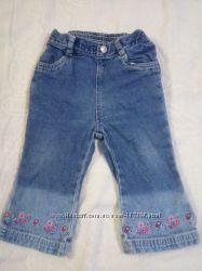 Брючки джинсовые с вышивкой для девочки