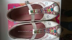 Красивые туфельки Agatha ruiz de la prada 27 размера
