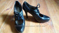 Новые кожаные туфли р 40