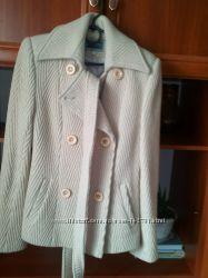 Пальто-пиджак женский состояние нового