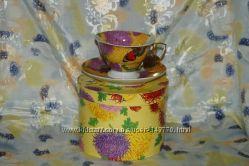 Фарфоровая чашка с блюдцем, в подарочной упаковке