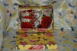 Фарфоровый чайный сервиз на 2 персоны, в подарочной упаковке