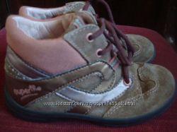 замшевые демисезонные ботиночки superfit, р. 24, по стельке 15, 5 см