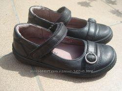 отличные кожаные туфли superfit, р. 28, по стельке 17, 5 см