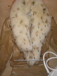 Шикарный костюм из кожи страуса с королевским мехом. Италия