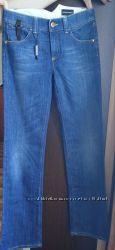 Новые джинсы Giorgio Armani. Оригинал. Италия. Цена символическая