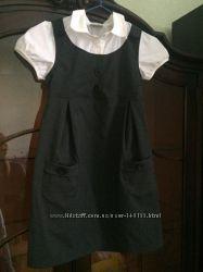 Школьное платье сарафан Next