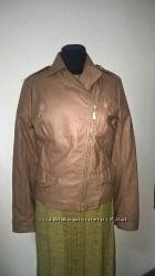 Курточки Sarah CholeИталия