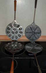 Чугунная сковородка форма для выпечки печенья. СССР