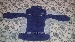 куртка-ветровка Umbro на 3-4 года в отличном состоянии