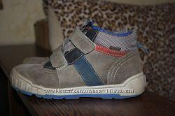 Продам ботинки  NATURINO 32 размер