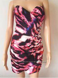 Шикарное платье Lipsy London новое