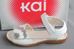 Босоножки фирма See Kai Run амер. размер 2, европ. -32, 5, по стельке-21, 5 см