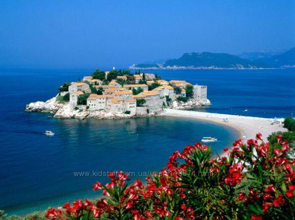 Черногория - маленькая, но очень красивая страна.