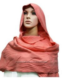Зимний шарф с капюшоном