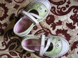 Продам туфельки Noel на девчушку с изящной ножкой