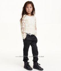 Продам легкие черные брючки на девочку в школу от HM