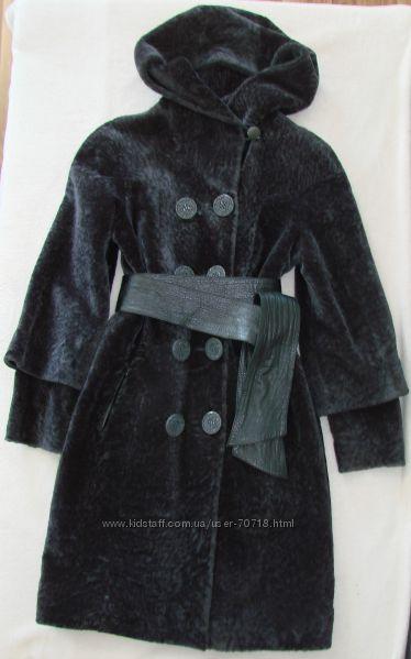 Меховое пальто - шуба из мутона, отличное состояние