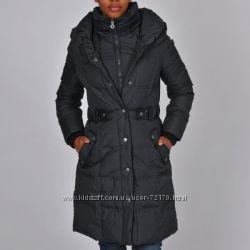 Пуховое пальто DKNY, размер S, цена снижена