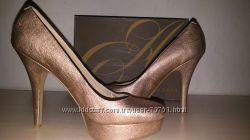 Красивые туфли на платформе Enzo Angolini 38. 5, стелька 25. 5см