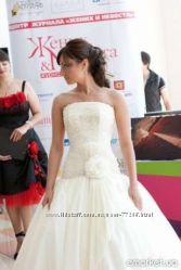 свадебное платье выставочное не ношенное