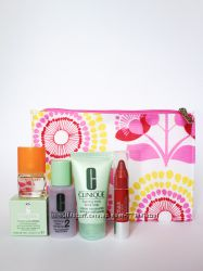 Подарочный набор Clinique косметичка крем мыло парфюм лосьон бальзам