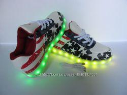 Светящиеся кроссовки под заказ. В этой обуви Вы не останетесь незамеченной