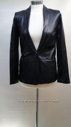 Кожаная куртка Vince размер 6